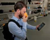 Expert using personal olfactometer